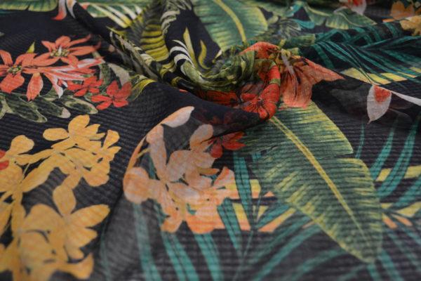 Шифон полиэстр (цветы на черном)