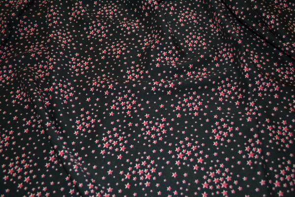 Вискоза звездочки (красные на черном)