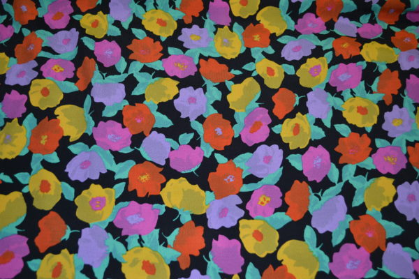 Вискоза MSGM в цветы (желтые, красные, фиолетовые на черном)