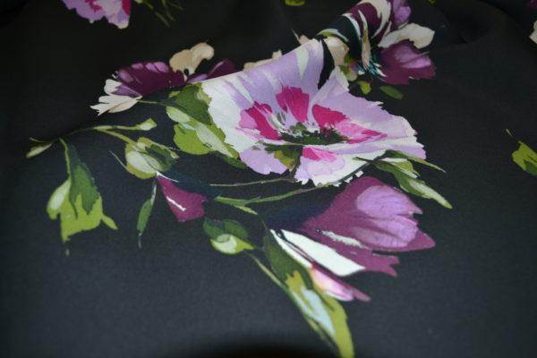 Вискоза  MSGM крупные цветы на черном