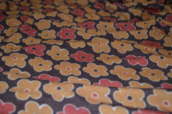 Трикотаж MSGM (желто-кирпичные цветы на коричневом фоне)