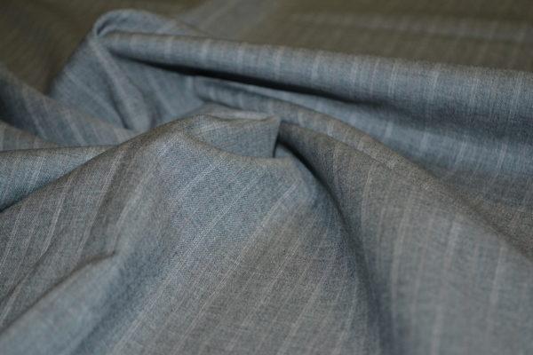 Шерсть костюмная, светло-серая широкая полоска