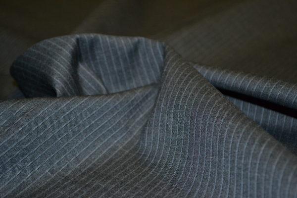 Шерсть костюмная с эластаном (темно-серая в мелкую полоску)
